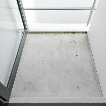 2階にも小さめのベランダが。