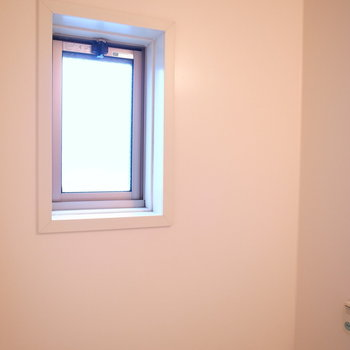 小窓がついてるおかげかな〜。