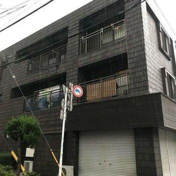 稲山壱番館