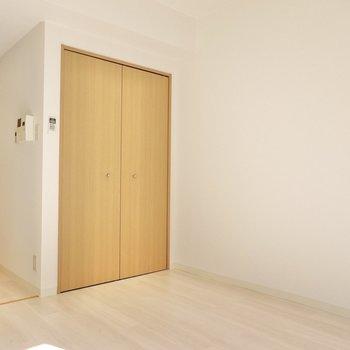 収納もこのお部屋に。機能が集まってるのがいいですね。