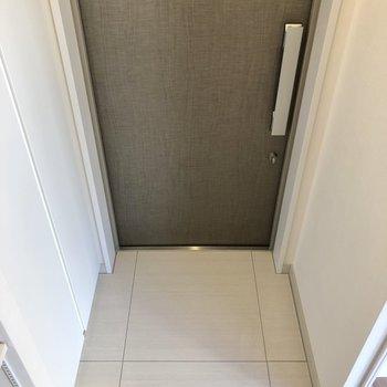 ゆったりとした玄関。