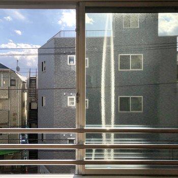 こちらはお部屋の窓からの景色。
