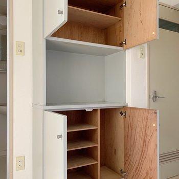 下を靴箱として、上はタオルなどバス用品の収納にいかがでしょう。