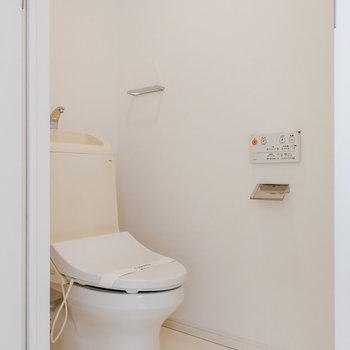 トイレも設置しています。