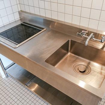 キッチンで軽食を作ることも可能です。