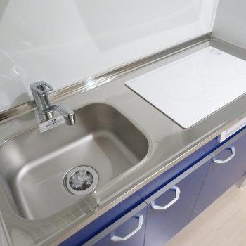 IHのお掃除楽々システムキッチン(※写真は9階の同間取り別部屋のものです)