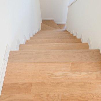 階段をのぼってロフトへ。