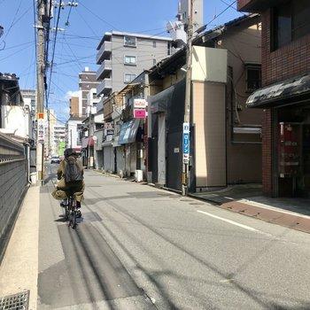 自転車で博多駅も5分!
