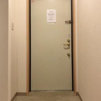 玄関はゆったりめでしょうか。