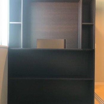 寝室の棚には本や雑誌を置こうかな。