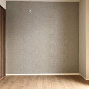 家具の配置がしやすそうな形のお部屋ですね。