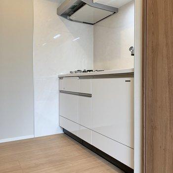 キッチンは動線が確保しやすい広さです。