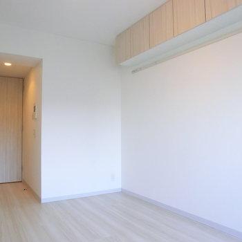 棚、いいなぁ※写真は4階の反転間取り別部屋のものです