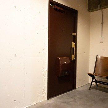 椅子のある玄関!
