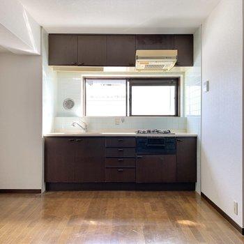 【LDK】大きなキッチンがこのお部屋の主役。