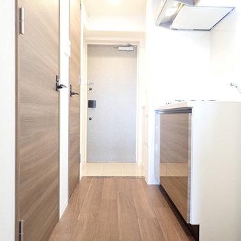 廊下の広さも十分でした ※写真と文章は10階同間取り別部屋のものです。細部は異なることがあります。
