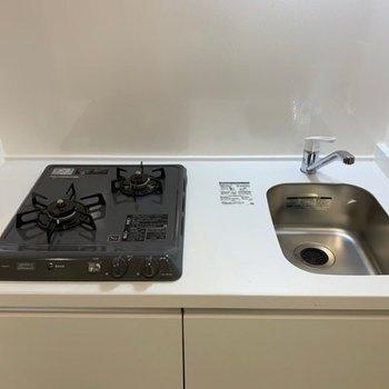 シンクがコンパクトなので、洗い物はこまめにかたづけましょう!
