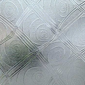 すりガラス窓のうずまき模様がかわいかったです。