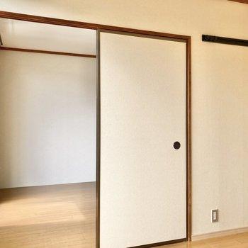 【南側洋室4.5帖】