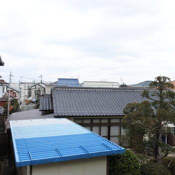 眺望は住宅街です。