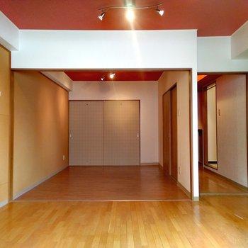 洋室を合わせるとかなりの広さ感じるね〜