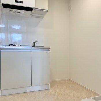 キッチンはゆとりのある広さ。