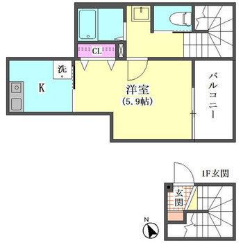 居室は玄関から階段を登って3階です。