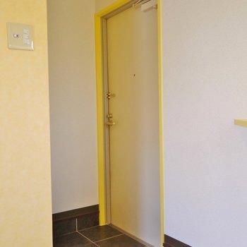 こちらが玄関。※写真は前回募集時のもの