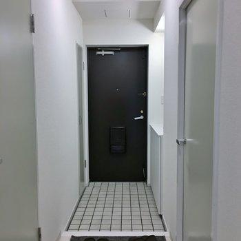 玄関はこちら♪