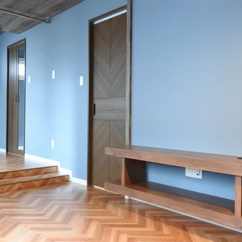 木目のドアが可愛いんだから!※写真は同間取り別部屋