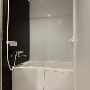 浴室乾燥機と追焚き付きのお風呂。