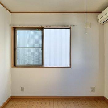 【洋室6.5帖】最後のお部屋です。