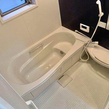 追焚付きのお風呂です。ゆったり入れそうですね。