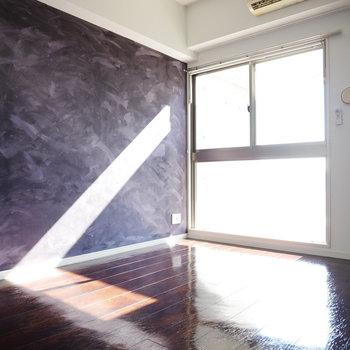 デザインも立地も兼ね備えたお部屋(※写真は6階の同間取り別部屋のものです)