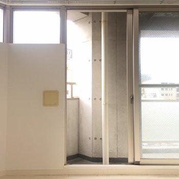 上についている窓から柔らかい光が入ってきます。