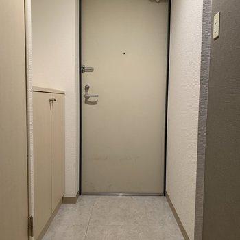 玄関は程よいスペース