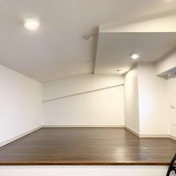 ゆったりスペースで寝室としての利用に良さそうなロフトです。