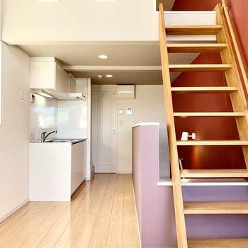 天井が高く開放感のある空間です。