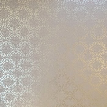 【1F】天井には可愛らしい花柄