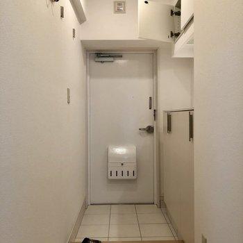 廊下も綺麗〜♬(※写真は5階の同間取り別部屋のものです)