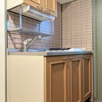 キッチンも雰囲気あります◎ (※写真は6階の同間取り別部屋のものです)