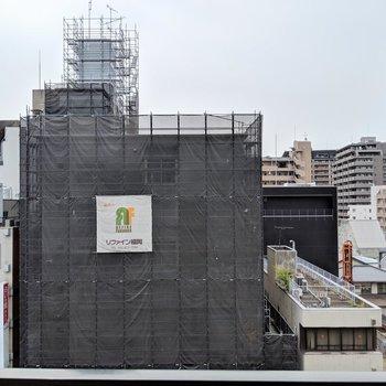 街中なのに眺望は抜けてる〜♫ (※写真は6階の別部屋からのものです)