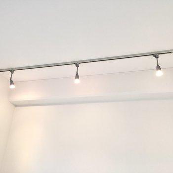 こだわりの照明に付け替えることもできますよ。