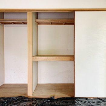 【和室6帖】パイプつきスペースと押入れタイプ。
