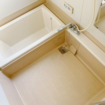 お風呂は真四角◇