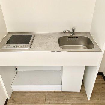IHコンロです。洗い物はこまめに。
