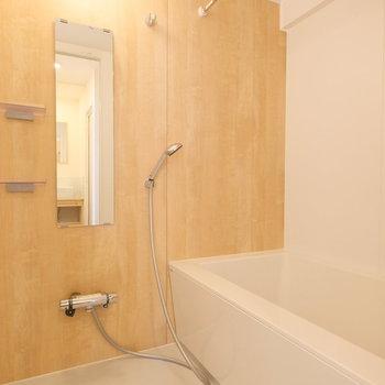 追い焚き、浴室乾燥のついたお風呂!※写真は似た間取りの別部屋です