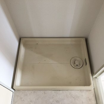 室内の洗濯機置場があります。※写真は前回募集時ものです