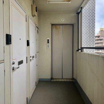 エレベーターありますよ。※写真は前回募集時ものです