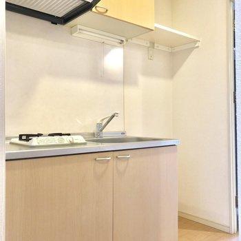 冷蔵庫置場もしっかりあります◎(※写真は3階似た間取り角部屋のものです)